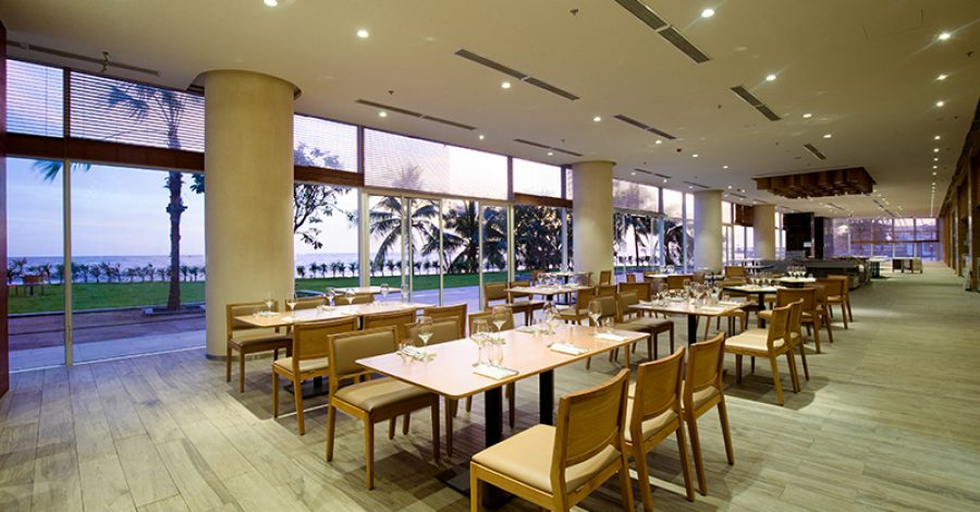 coral-restaurant-3-0954250_seashells